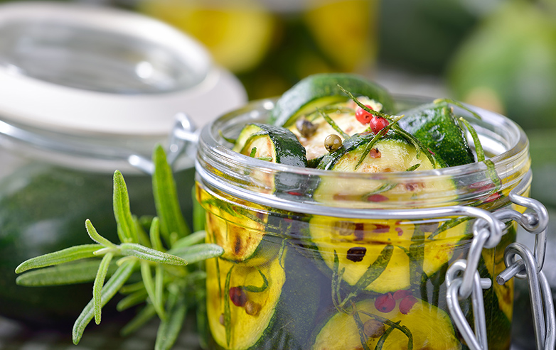 Eingelegte Zucchini – mediterrane Art